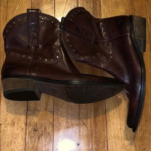 Ankle high Lucky Brands size 7M leather boots